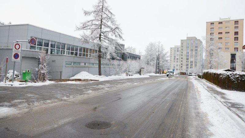 L'installation prévue en face du collège des Foulets, soulève une opposition massive.