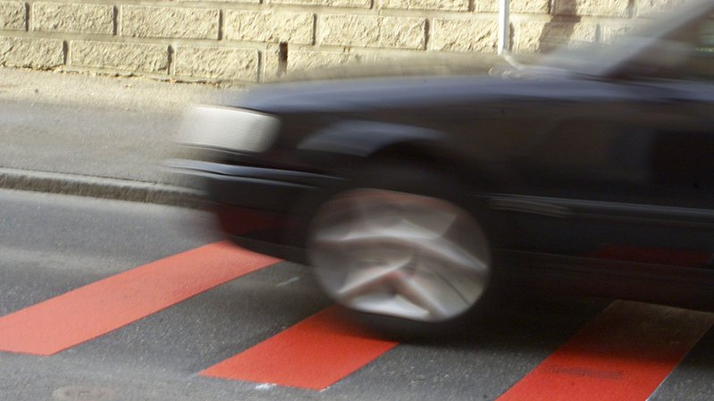 La Chaux-de-Fonds: il vient récupérer son pote en voiture et l'écrase
