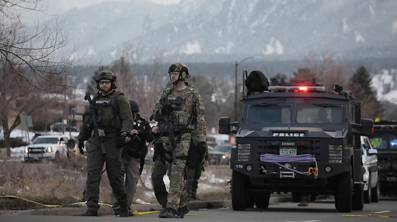 Fusillade dans un supermarché du Colorado: 10 morts, dont un policier
