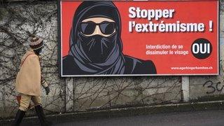 Votations fédérales: Neuchâtel accepte l'interdiction de la burqa