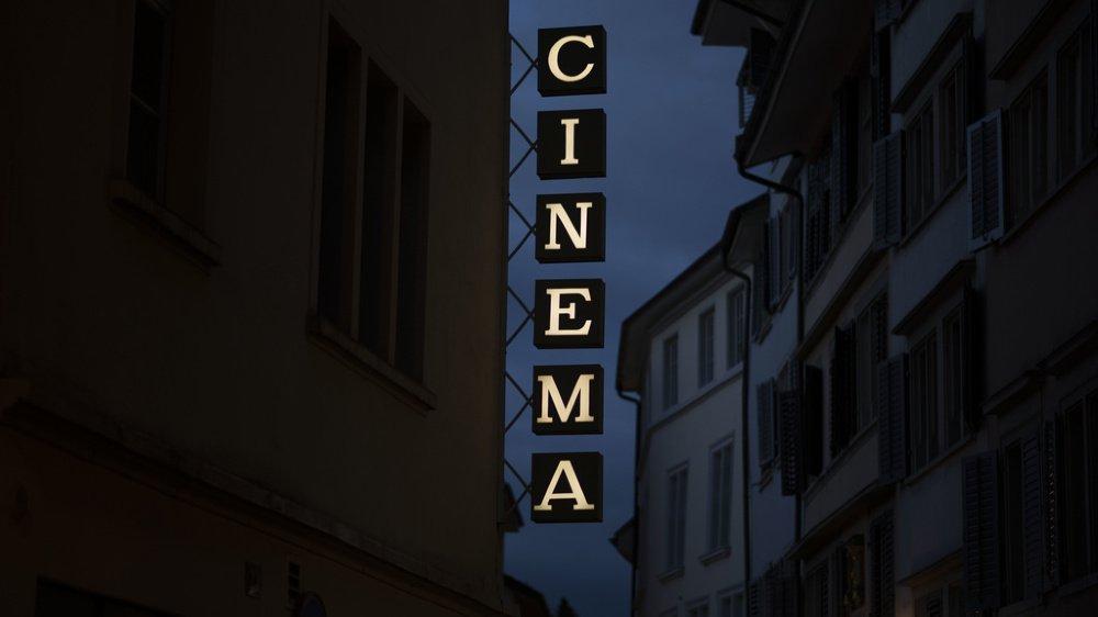 Après des mois de fermeture, les cinémas de tout le pays pourront rouvrir leurs portes.