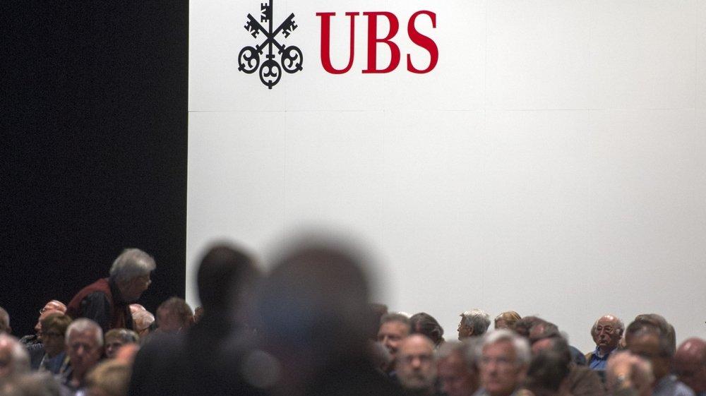 Les organisations de défenses des actionnaires comme Ethos veulent que ces derniers puissent se prononcer sur les objectifs climatiques  des entreprises lors des assemblées annuelles. Ici l'AG d'UBS.