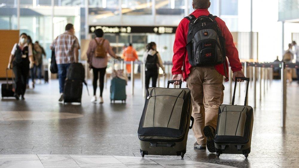 Loin de revenir à la normale, les volumes du secteur du voyage sont cinq fois inférieurs à ceux de 2019. Les destinations vers l'Australie, l'Asie  ou les Etats-Unis sont à zéro, selon le directeur de la Fédération suisse du voyage.