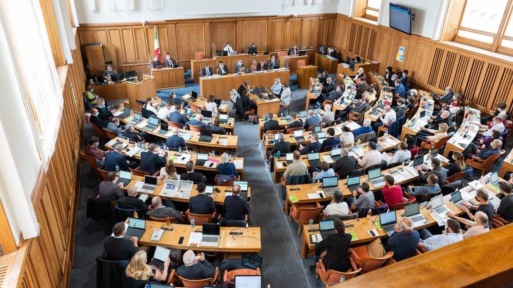 Lors de la prochaine législature, 58 femmes siégeront au Grand Conseil aux côtés de 42 hommes.