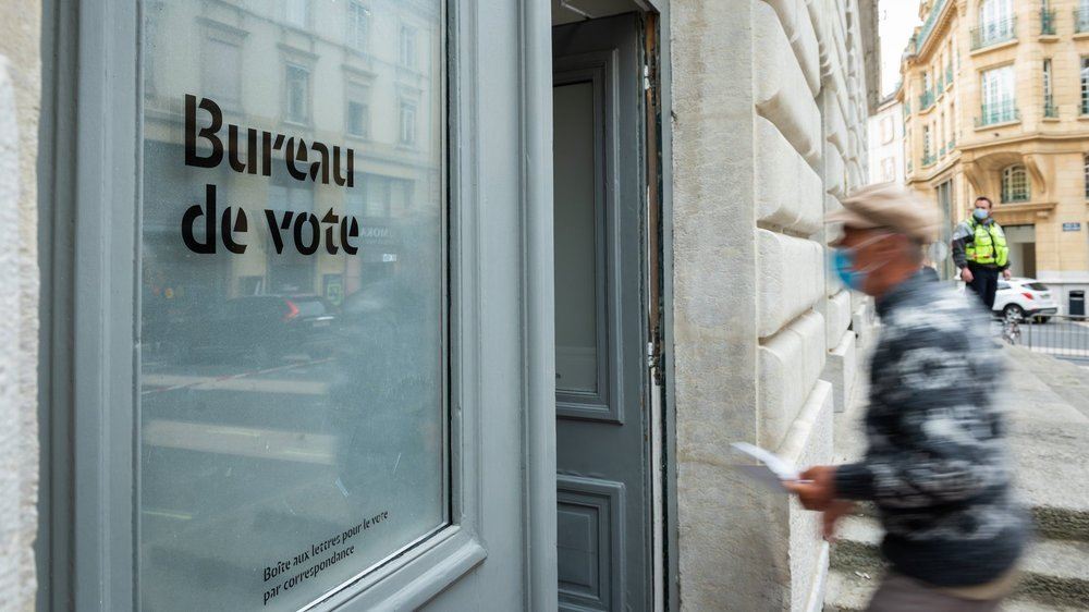 Les femmes et les jeunes électeurs ne se sont pas davantage mobilisés le 18 avril que lors des élections cantonales de 2017 et 2013.