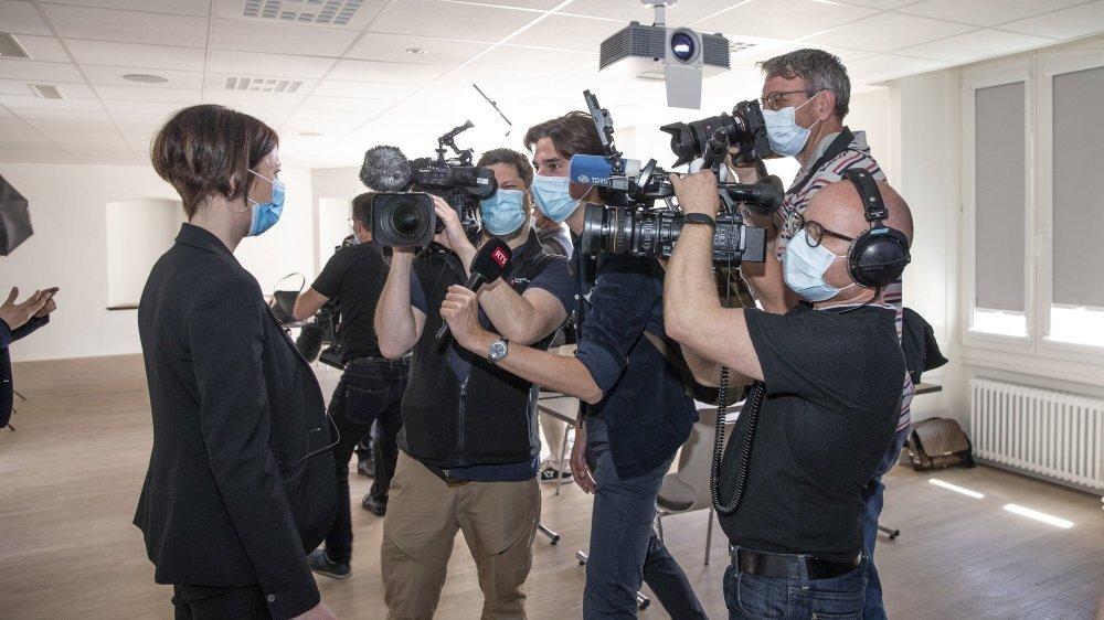 Crystel Graf a créé la surprise lors de l'élection au Conseil d'Etat neuchâtelois. A l'annonce des résultats, elle a été très sollicitée par les médias.