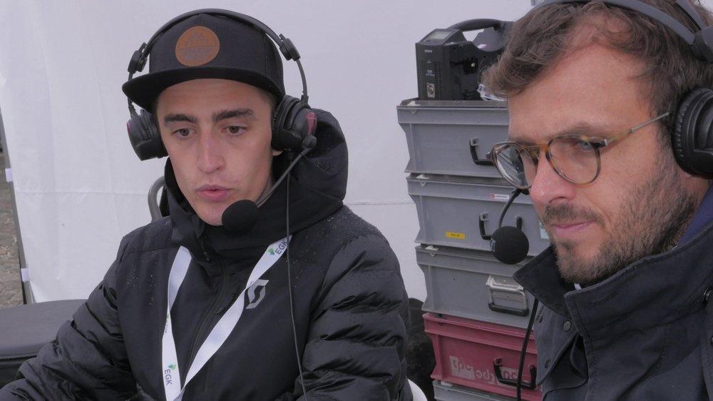 Le Neuchâtelois Pascal Buchs (à gauche) a partagé le micro avec le journaliste de la RTS Mathieu Germanier durant ces championnats d'Europe de sprint de course d'orientation.