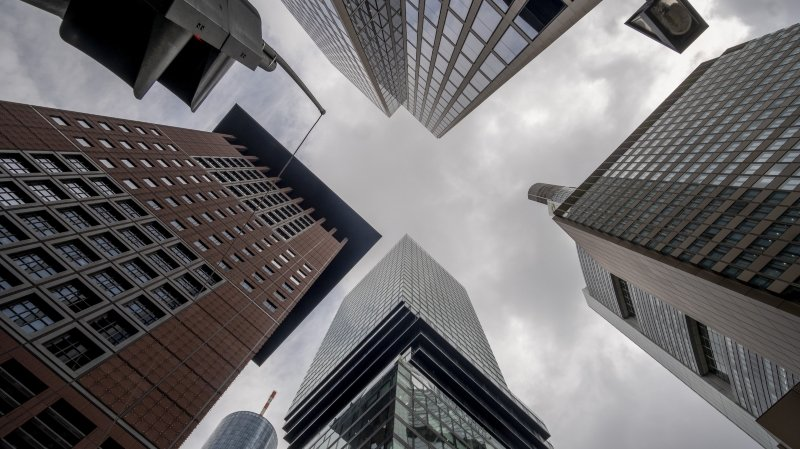 L'économie neuchâteloise résiste mieux que prévu. Est-ce que ça va durer?