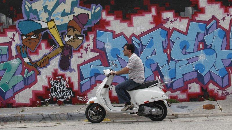 La Vespa, iconique scooter italien fête ses 75 printemps