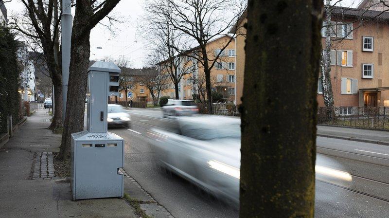 Circulation: vitesse, ivresse, téléphone…combien coûtent les amendes en Suisse?