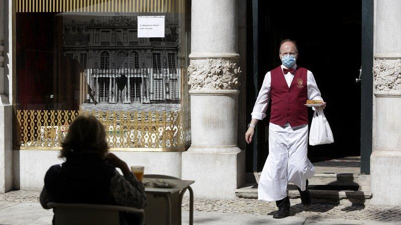 Coronavirus: le Portugal rouvre l'intérieur des cafés et des restaurants