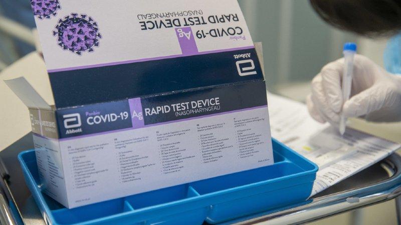 Coronavirus: la Suisse se retrouve avec des centaines de milliers de tests PCR périmés