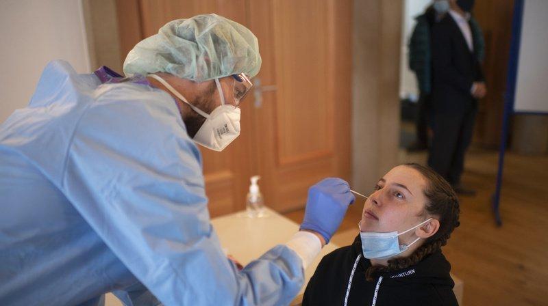Coronavirus: la Suisse compte 1240 nouveaux cas pour 22'036 tests, 10 morts et 71 hospitalisations