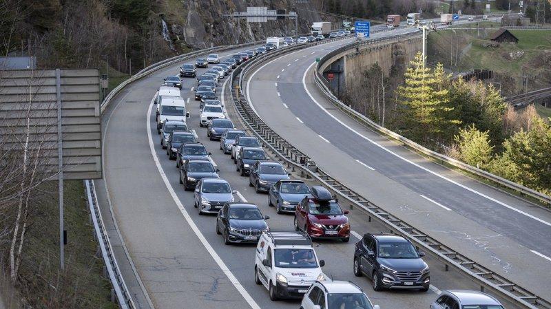 Circulation: les bouchons ont atteint dix kilomètres devant le tunnel du Gothard