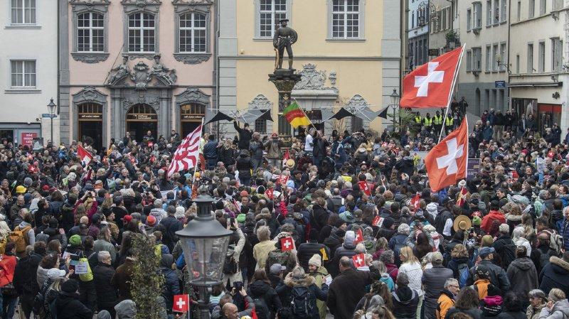 Coronavirus: manifestation contre les restrictions sanitaires à Schaffhouse