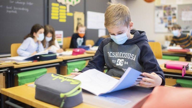 Un livre critique sur l'école neuchâteloise