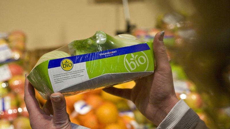 Les consommateurs ont acheté en 2020 des denrées alimentaires bio pour une valeur de plus de 3,8 milliards de francs, contre 3,2 milliards en 2019.
