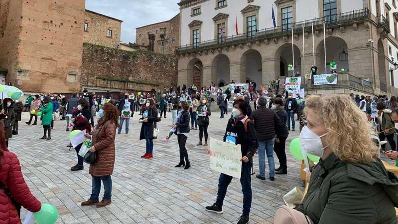 Région en danger: ruée vers le lithium espagnol près de Cáceres, en Estrémadure