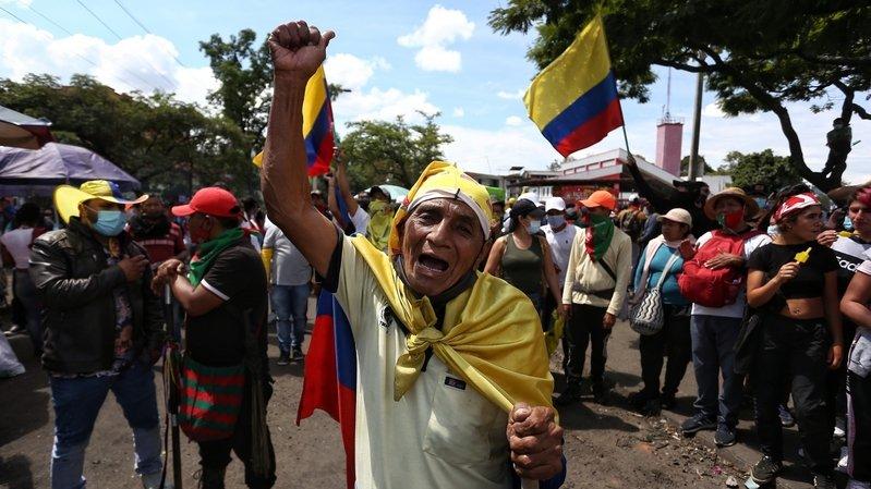 La Colombie sombre dans un grave chaos: au moins 25 morts dans des manifestations