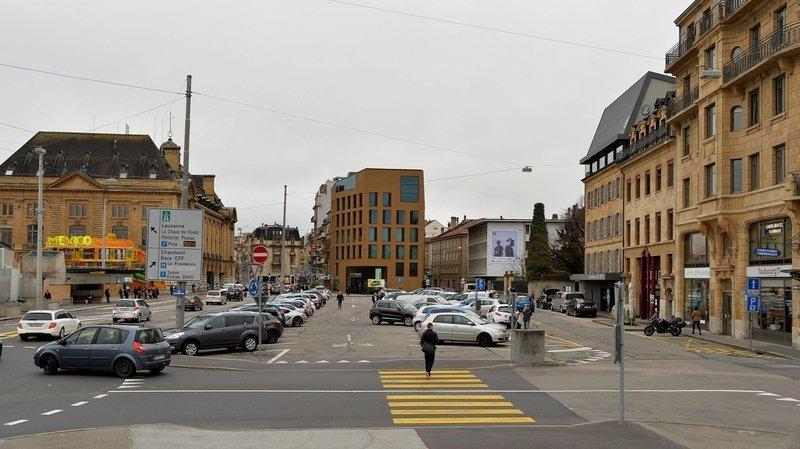 Neuchâtel: le livreur percute son échafaudage, l'ouvrier chute de quatre mètres