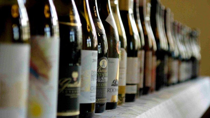 Les députés neuchâtelois veulent des quotas pour les vins étrangers