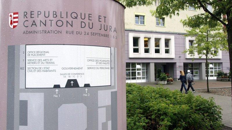 Le canton du Jura, ici le siège de l'administration cantonale à Delémont, boucle l'année 2020 sur un gros déficit en raison de la crise sanitaire.