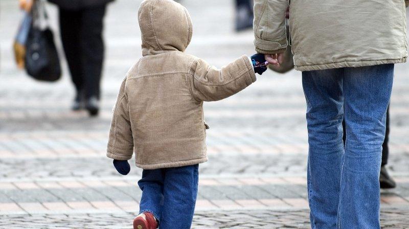 Le Locle: des aides pour les enfants précarisés