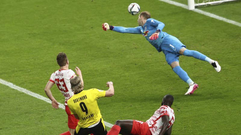 Football: Borussia Dortmund remporte sa 5e Coupe d'Allemagne