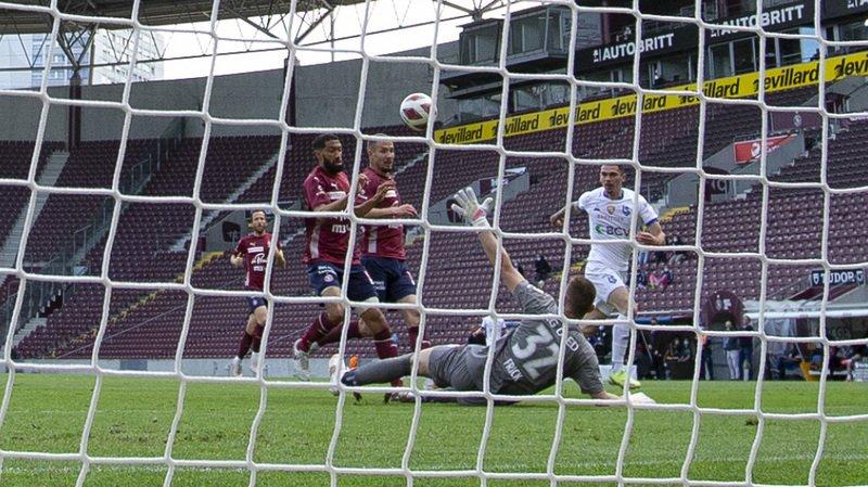 Football: le Lausanne-Sport donne la leçon à Servette