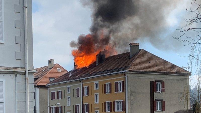 L'incendie qui s'est déclaré à La Chaux-de-Fonds, rue de la Charrière 64, a été maîtrisé