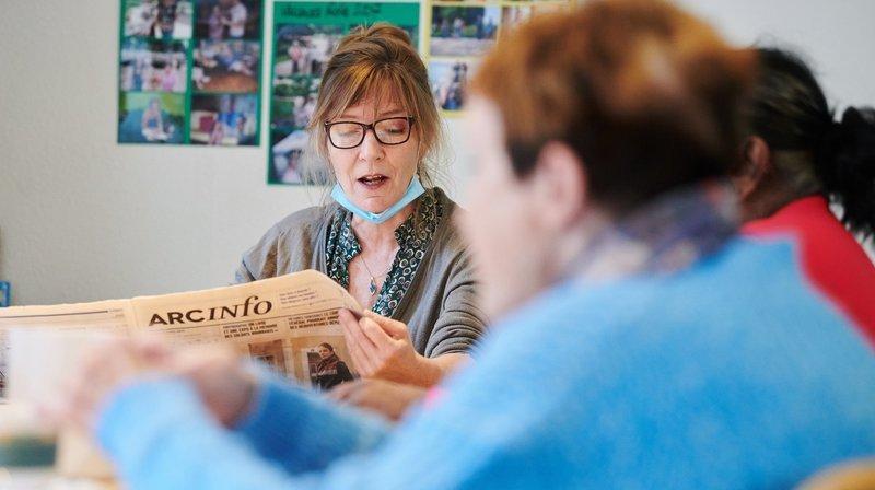 La Chaux-de-Fonds: on leur lit «ArcInfo» chaque matin depuis 25 ans
