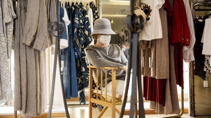 Canton de Neuchâtel: sans salaire et sans aide pour cas de rigueur, témoignage d'une commerçante