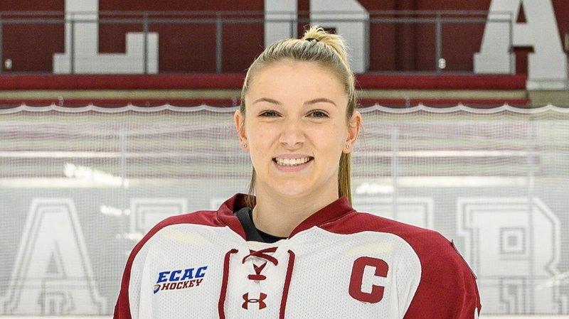 Coralie Larose rejoint la NHA pour la saison 2021-2022.