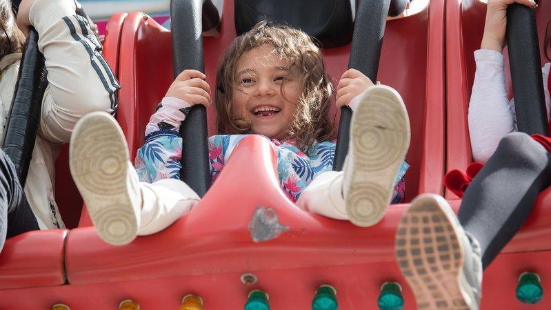 A Neuchâtel, les carrousels redonnent le sourire aux familles