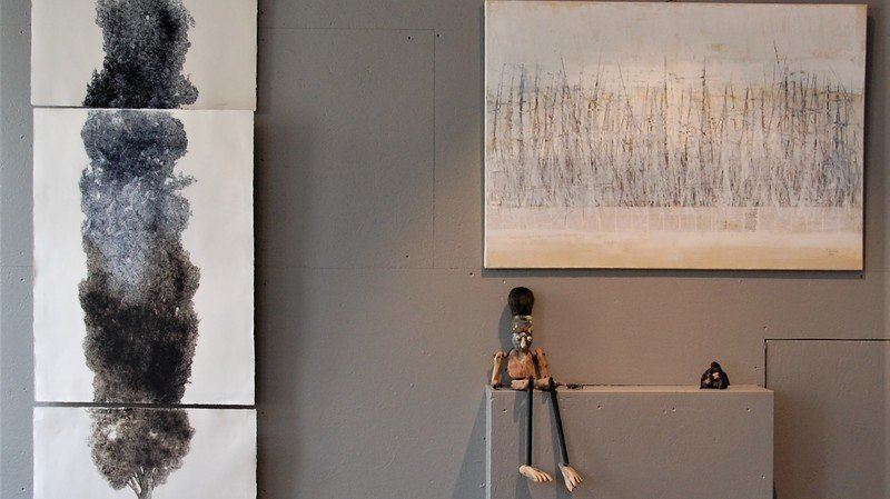 La galerie Bleu de Chine accueille actuellement quelque septante oeuvres entre ses murs.