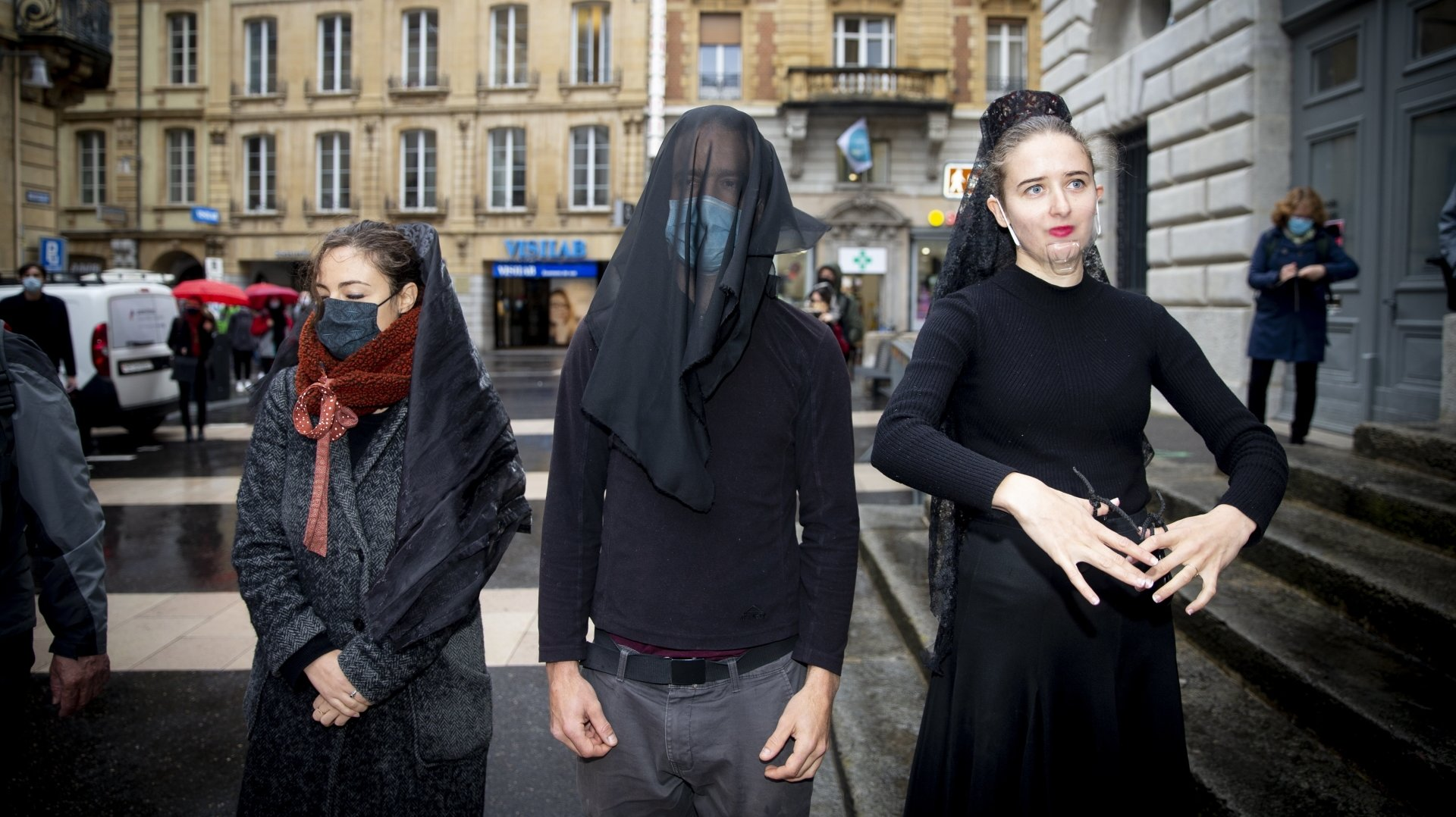 Procès d'Extinction Rebellion à Neuchâtel: le rôle de la police discuté