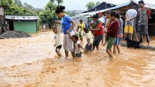 Inondations en Indonésie, hommages à Londres, restos à Istanbul: la galerie photos du 5 avril 2021