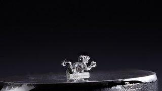 Neuchâtel: Jarys injecte du métal liquide dans du verre
