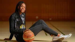 Basketball: la Neuchâteloise Gloria Loosa devra franchir la montagne Elfic Fribourg