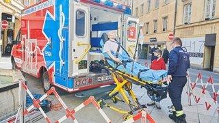 Motivation, lassitude, apprentissage: ces ambulanciers neuchâtelois racontent leur année de Covid