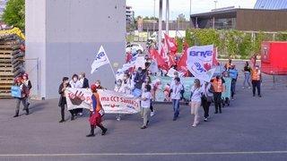 Neuchâtel: le personnel de la santé manifeste