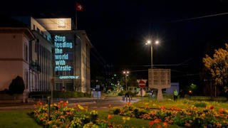 Action de Greenpeace sur le site de Nestlé à La Tour-de-Peilz
