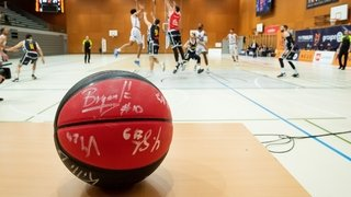 Une occasion unique de gagner un ballon dédicacé d'Union Neuchâtel Basket