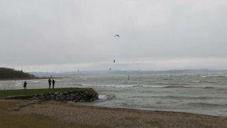 Un Neuchâtelois s'envole sur le lac de Neuchâtel