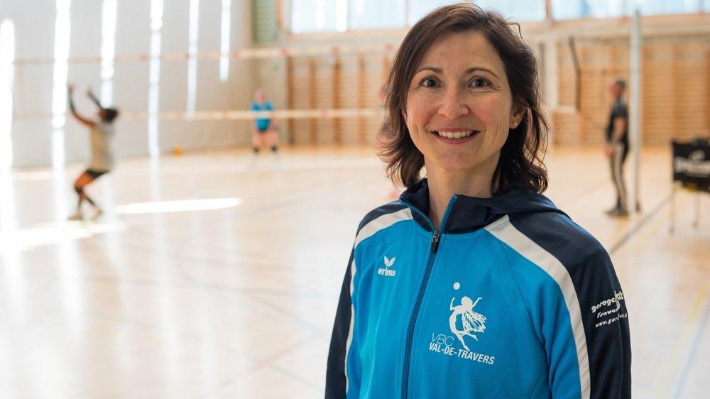 Joëlle Roy, présidente du VBC Val-de-Travers, se donne corps et âme pour la survie de son club dans l'élite du volley helvétique.
