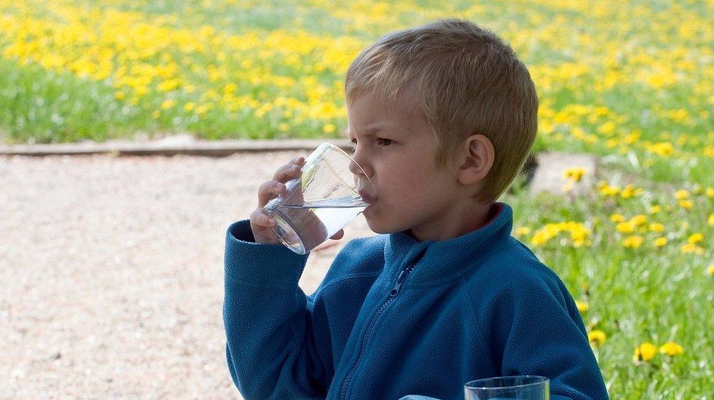 Le liquide céphalo-rachidien de 14 enfants a été analysé (image d'illustration).