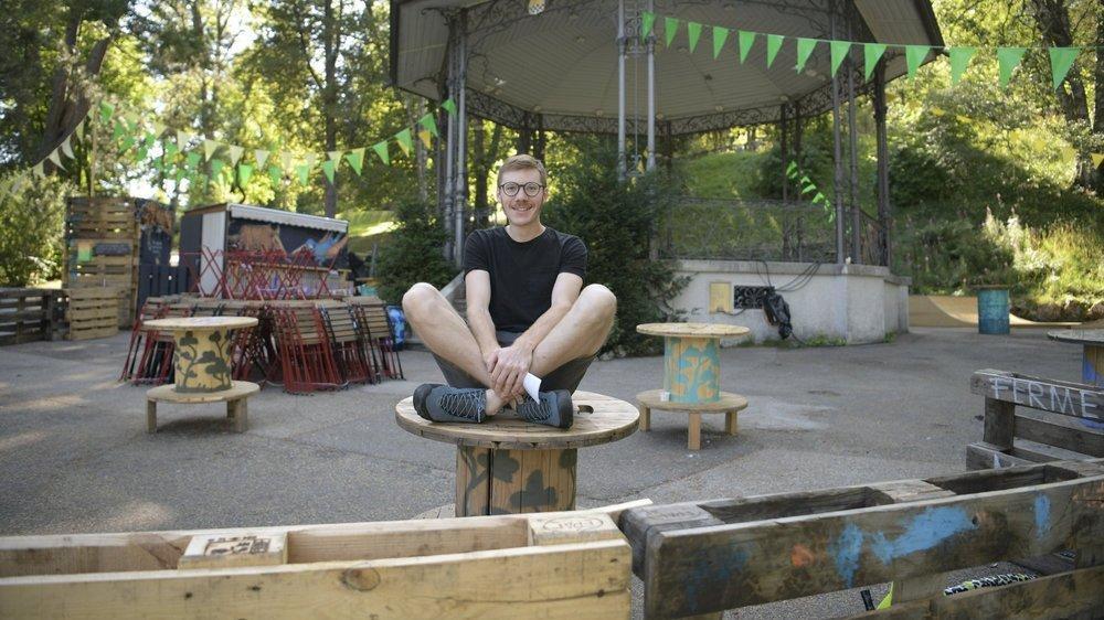 Loïc Liechti (ici à l'été 2020) organise la deuxième édition de L'Eté au Kiosque, au parc des Crêtets à La Chaux-de-Fonds.