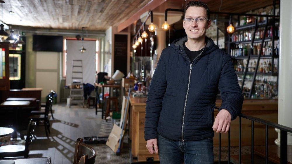 Le Dublin's deviendra bientôt Orforte, à La Chaux-de-Fonds. Le nouveau patron, Pascal Ruedi, a encore un peu de boulot à l'intérieur avant de pouvoir recevoir les clients.