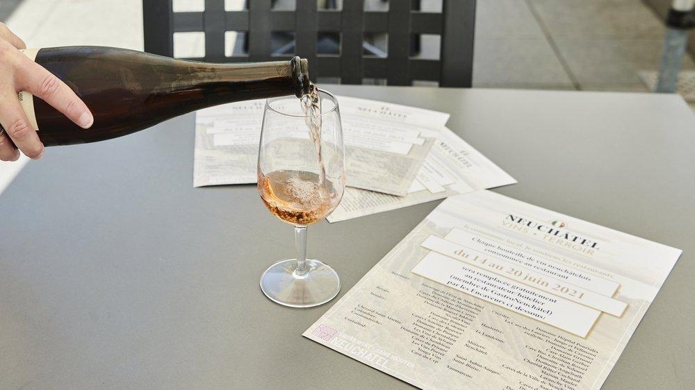 Au Chalet, à Cortaillod, on se réjouit d'une semaine de promotion autour des vins neuchâtelois comme l'oeil-de-perdrix.
