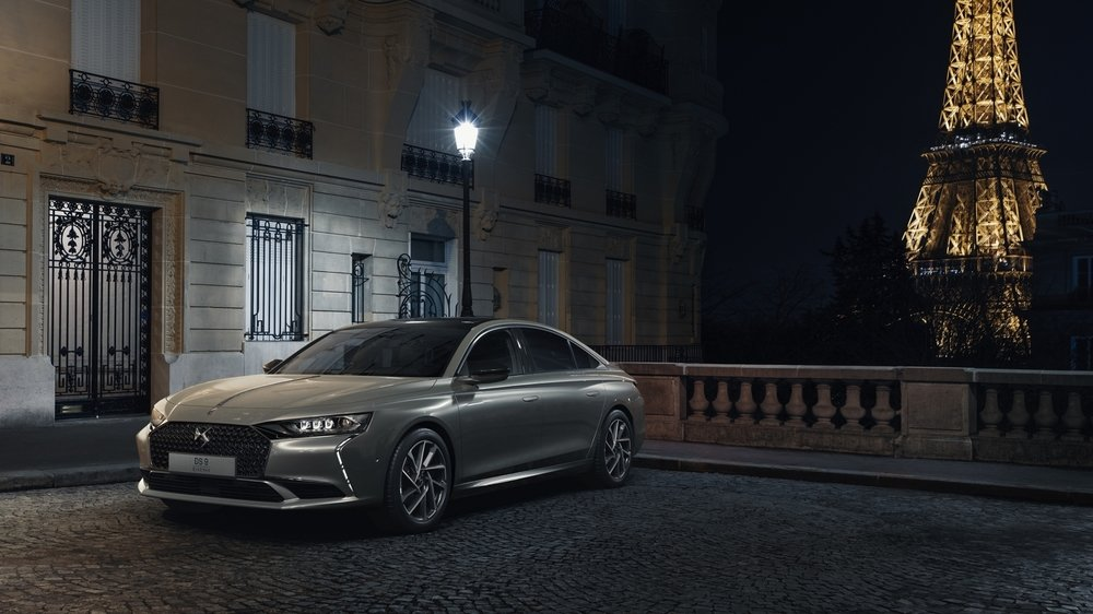 CONCEPT CAR DS ASL Il incarne cette nouvelle approche du luxe automobile à la française et aurait dû être exposé – en compagnie de la berline DS 9 – au Salon de l'automobile de Genève 2020, annulé in extremis.